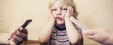 blog_kid-ignored-parent-cell-phone